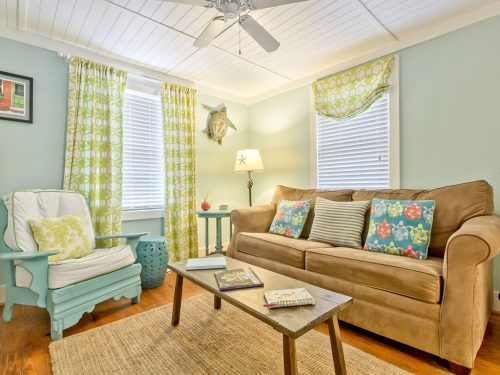 Mellow Yellow Cottage Living Area