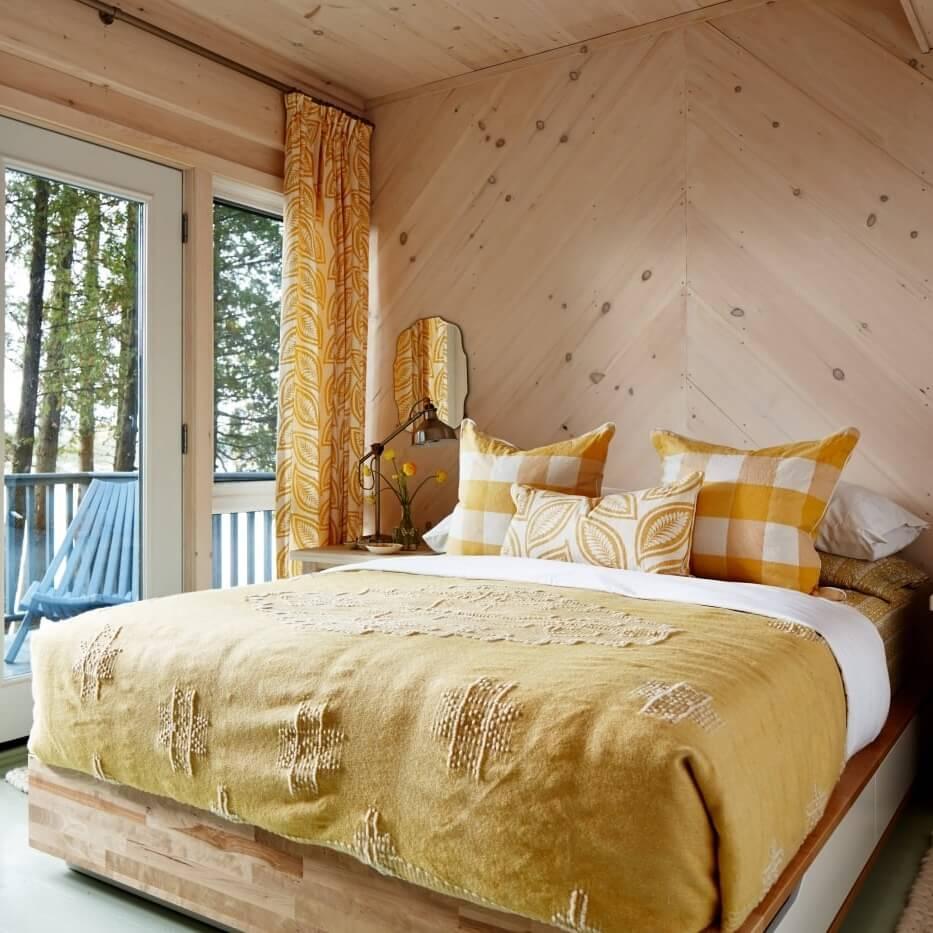 Sarah's Rental Cottage Guest Room