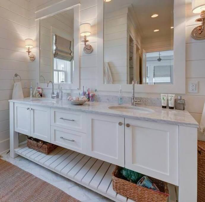 Wisteria Way Bathroom