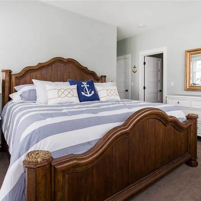 Turtles And Tails Master Bedroom Before And After: Online Information