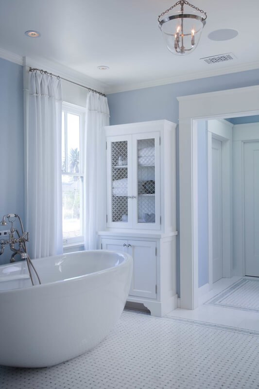 Dreamy Historical Beach House Bathroom