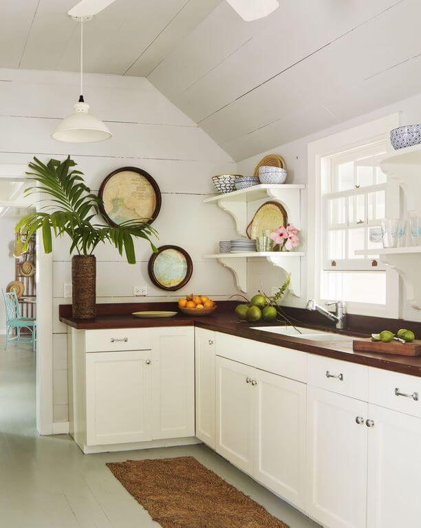 Chatterbox Harbour Island Beach Cottage Kitchen