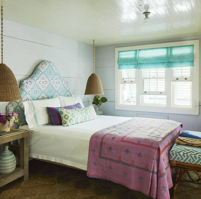 Chatterbox Harbour Island Beach Cottage Queen Bedroom