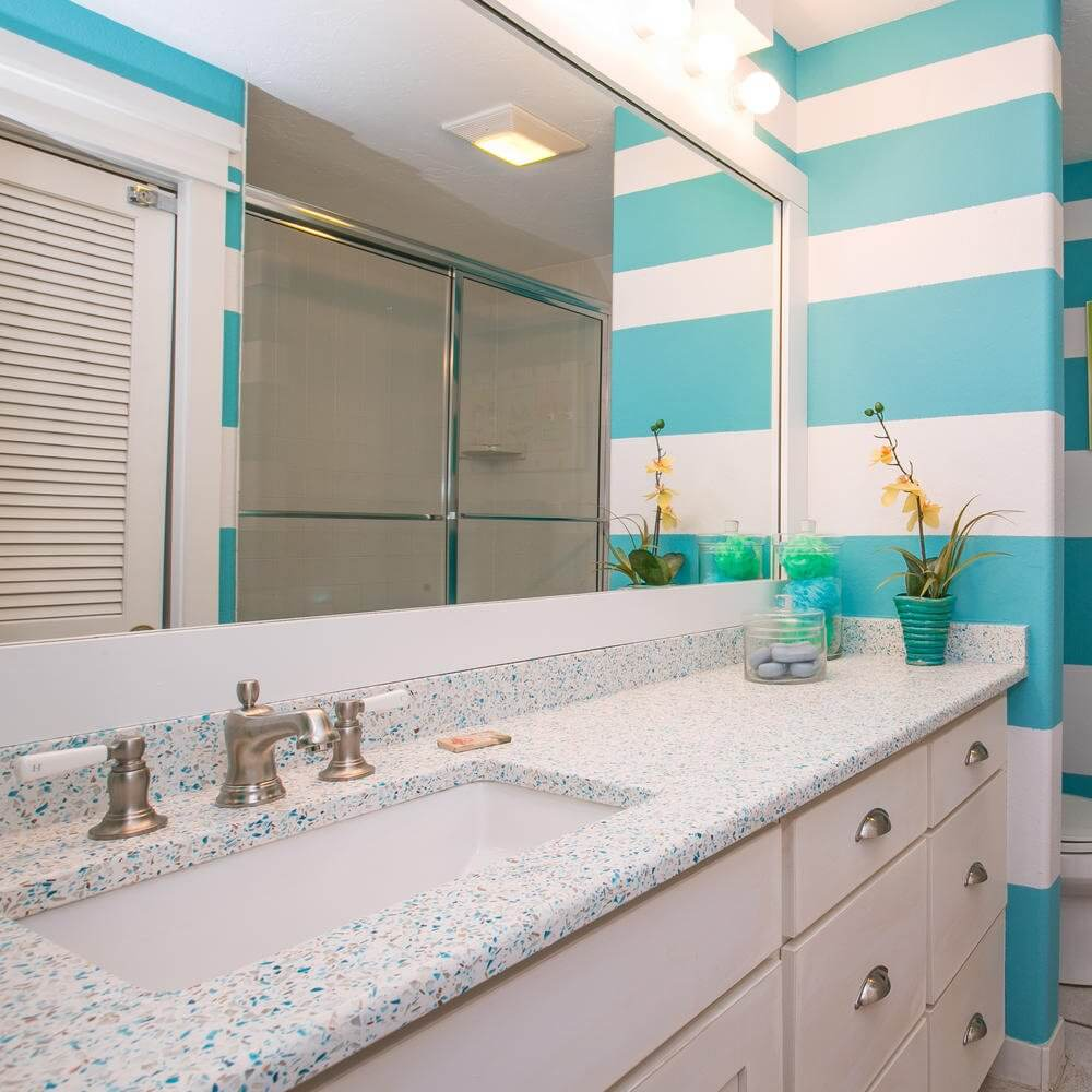 'Limefish' Beach House Rental Tour Bathroom
