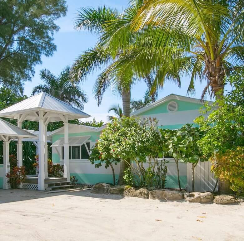 'Limefish' Beach House Rental Tour Exterior
