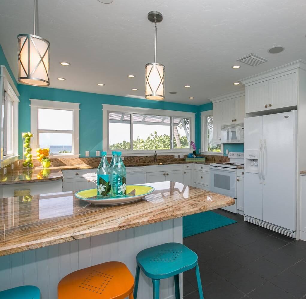 Beach Kitchen Decor: Anna Maria Island Rental