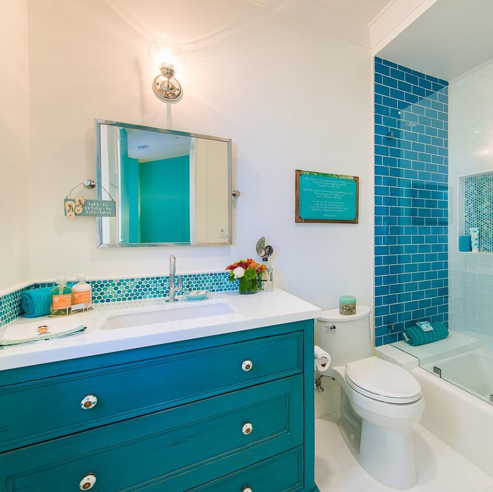 Manhattan Beach House Tour Bathroom
