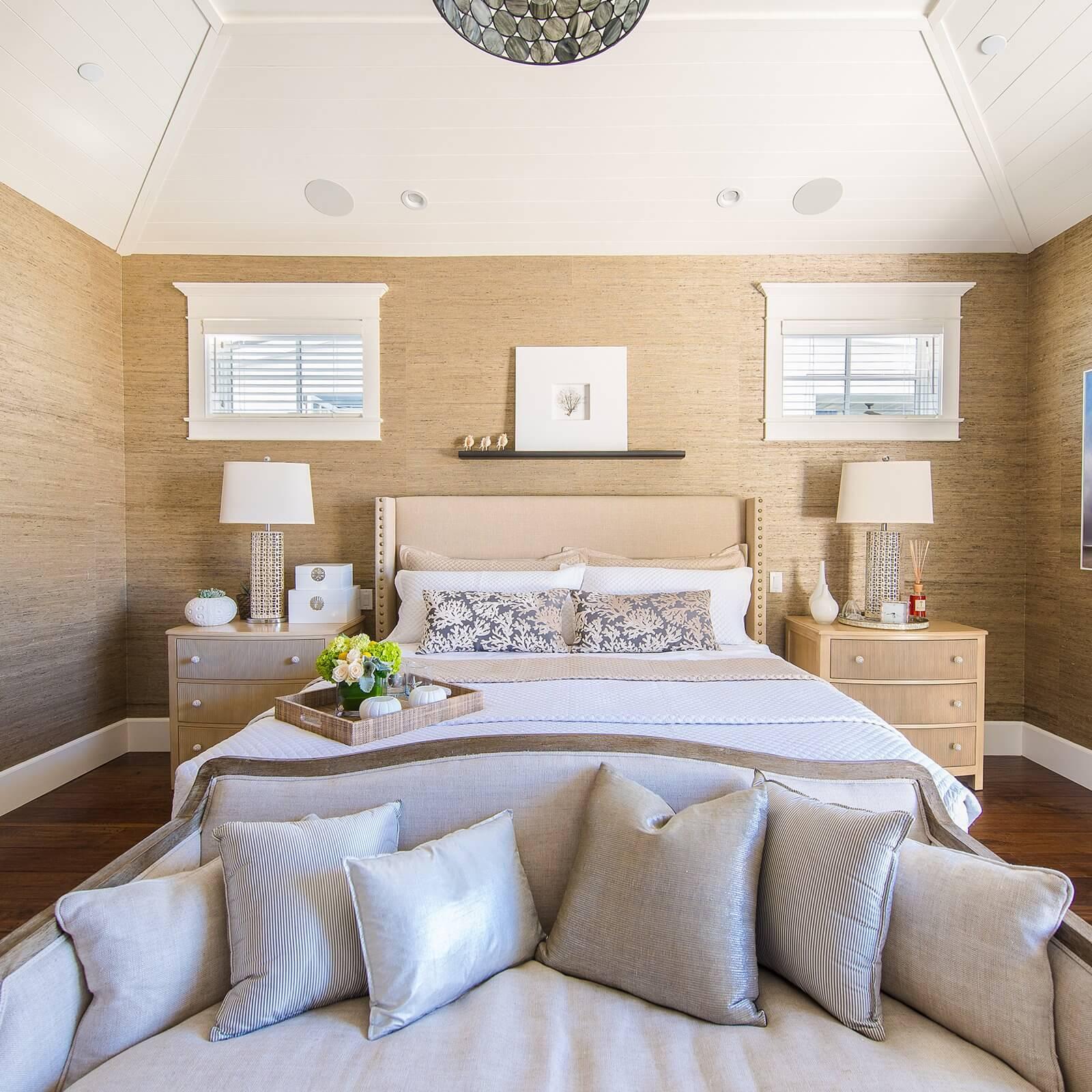 Manhattan Beach House Tour Master Bedroom