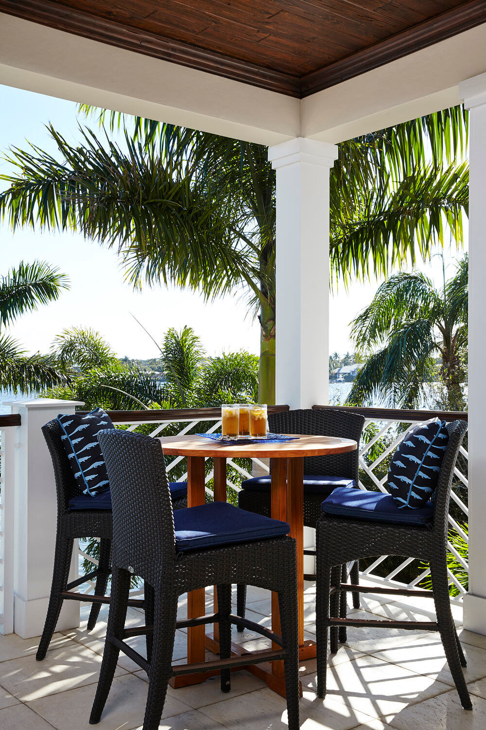 Naturally Serene Tequesta Beach House Outside Dining