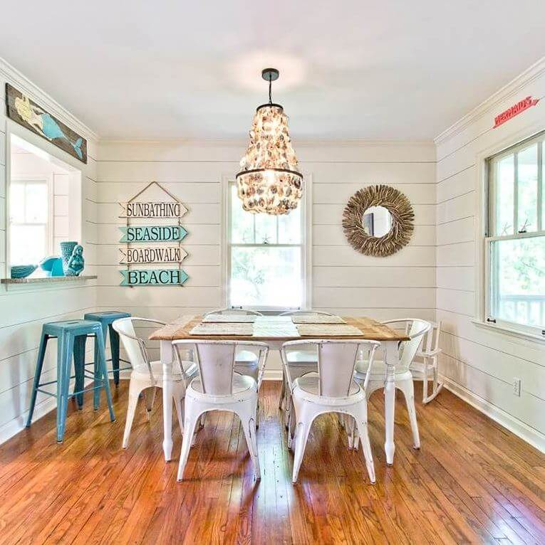 The Salty Mermaid Beach Cottage Dining Area