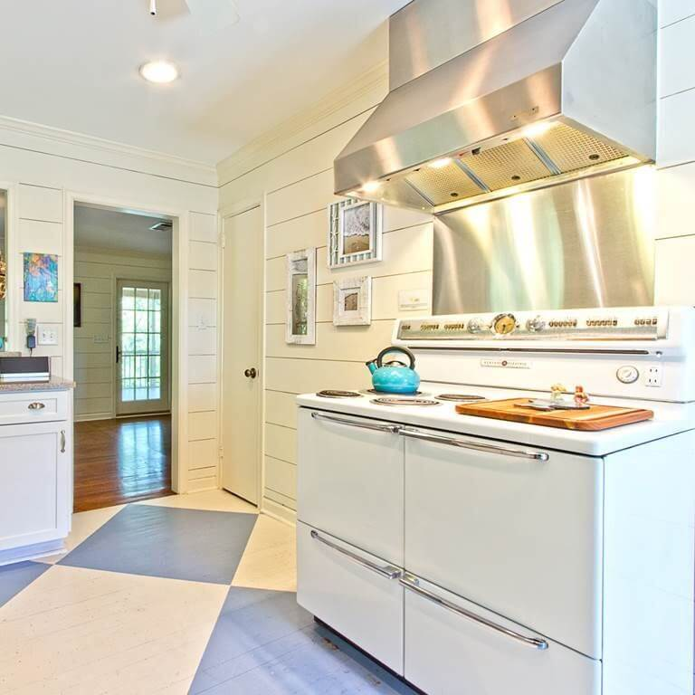 The Salty Mermaid Beach Cottage Kitchen