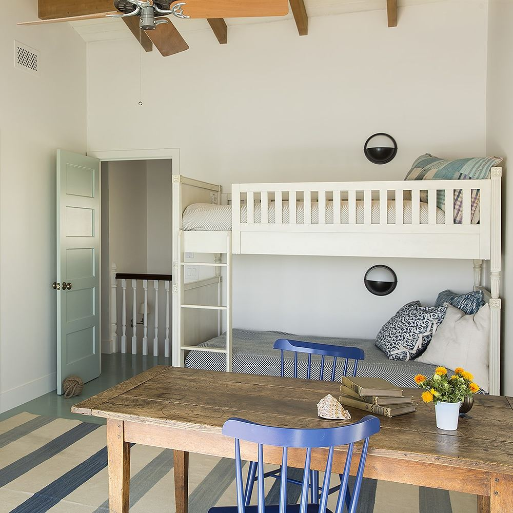 Malibu California Beach Cottage Bunk Beds