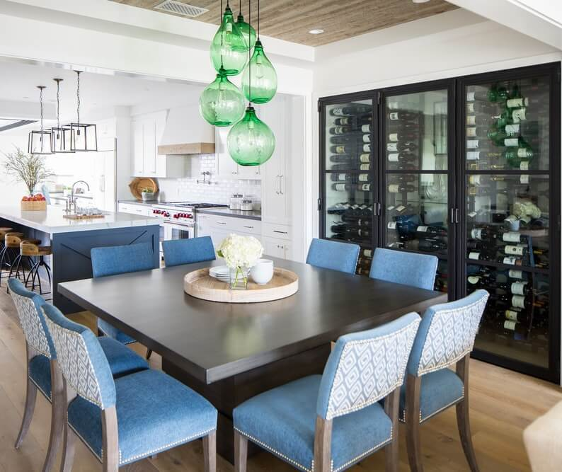 Corona Del Mar Dining Area