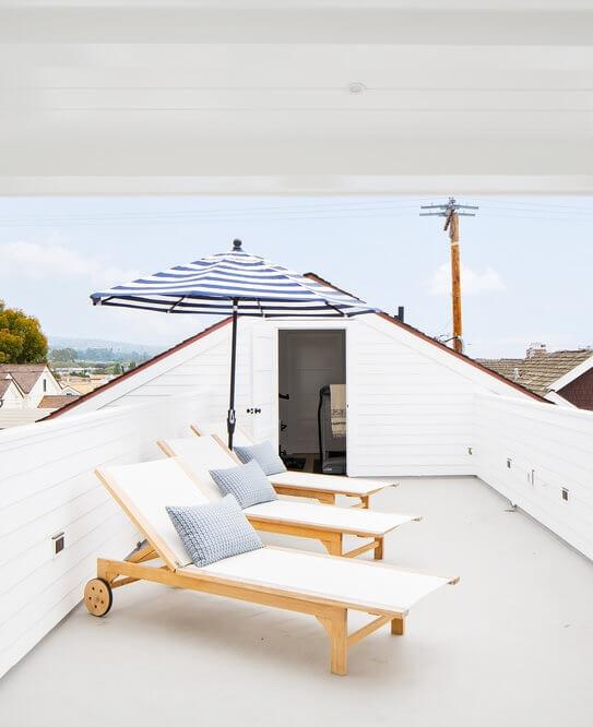 Corona Del Mar Rooftop Deck