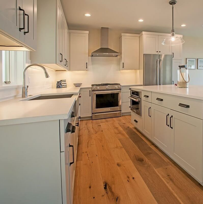 Sinclair Bay Coastal Home Kitchen