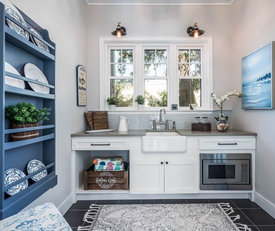 Anna Maria Sound Waterfront Rental Mini kitchen