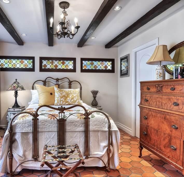 Historic Laguna Beach Home Bedroom