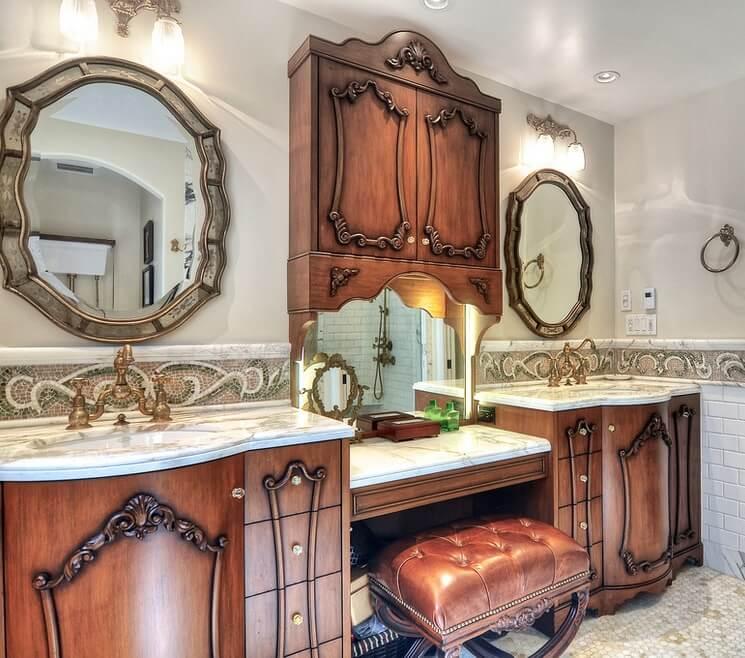 Historic Laguna Beach Home Bathroom