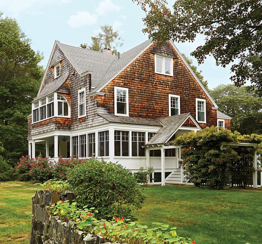 Historic Maine Beach Cottage Exterior