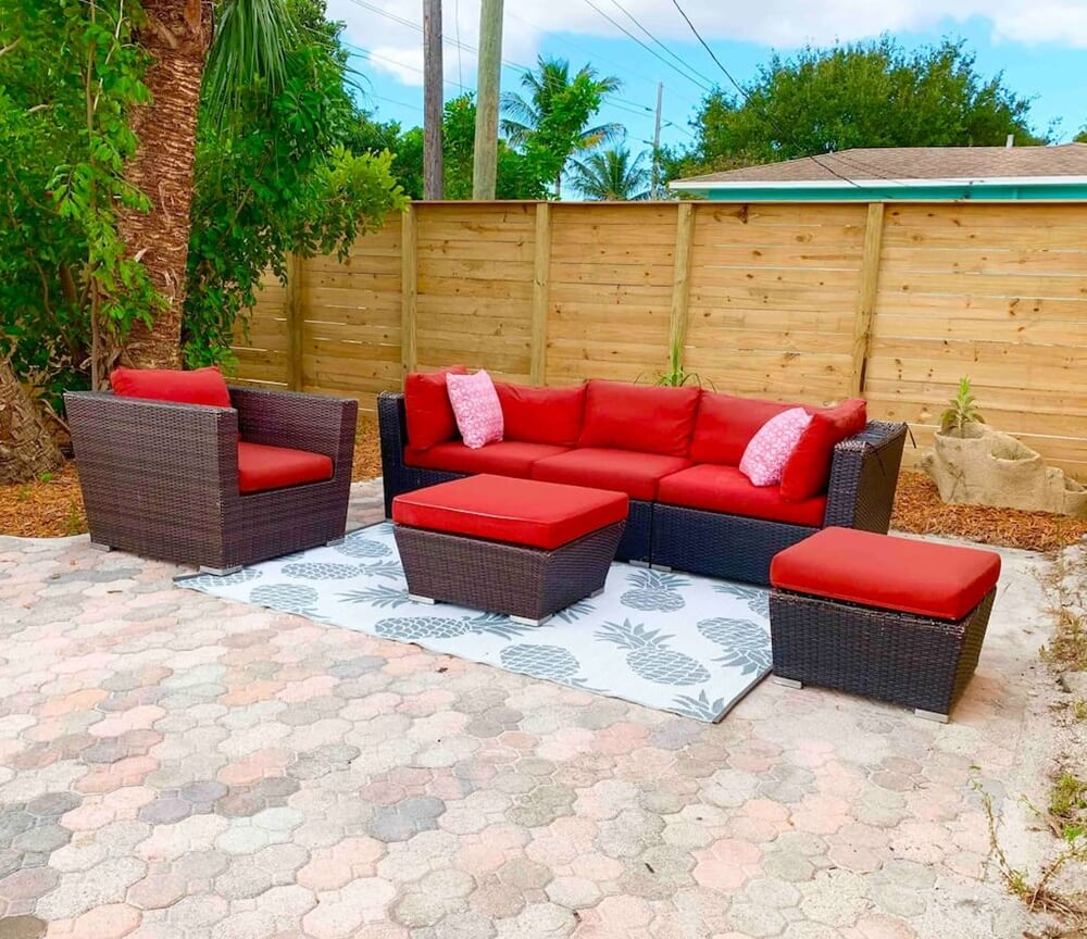 Lake Worth FL Bungalow Outdoor Seating