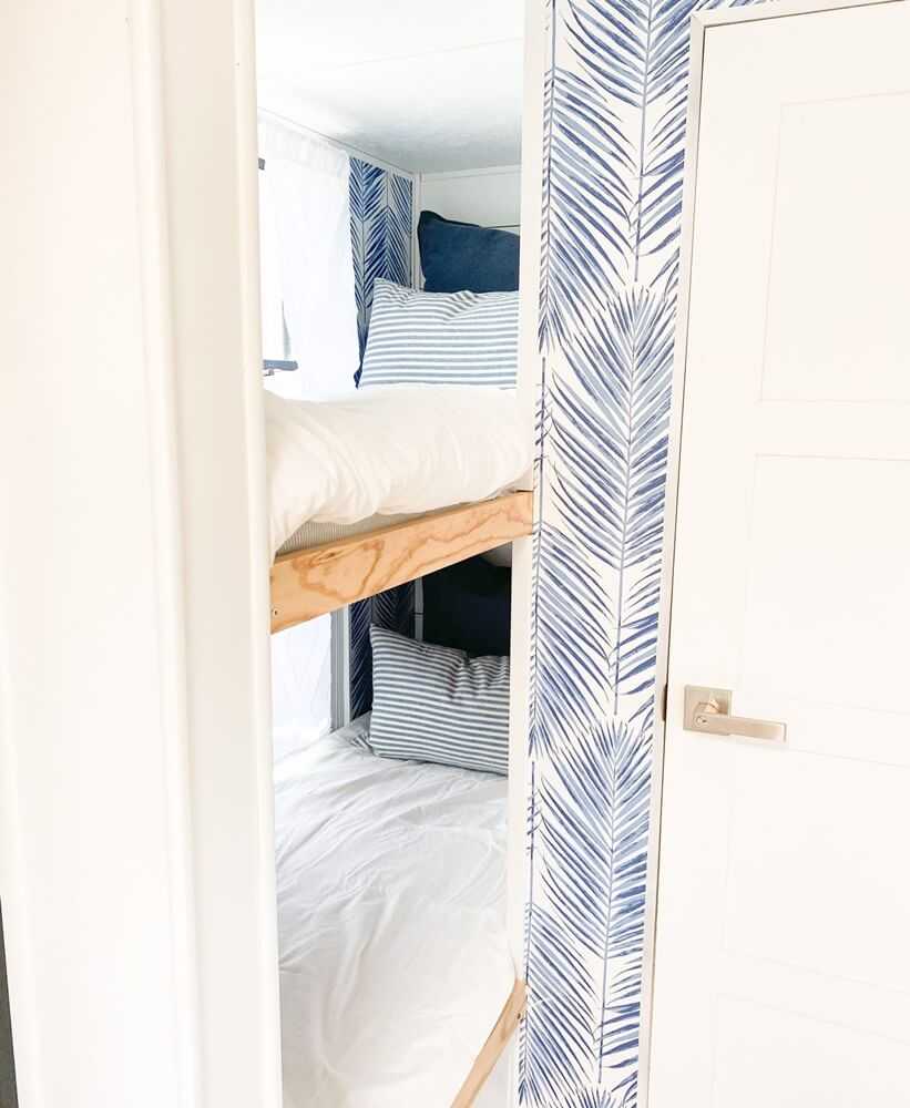 Four Winds Budget Vacation Home Bunk Beds